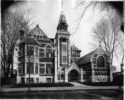Seminaire_diocesain_University_Montreal_1895_notman2